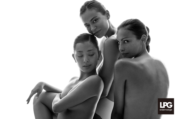 3_ladies_BW_close_together2_Manaho_Margarita_Flaminia_LPG_2016_DSC4815.jpg